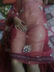 sexy nude indian mature housewife stripping saree
