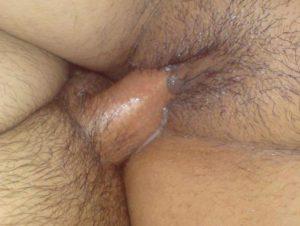 wet pussy me ghusta cock ka close up