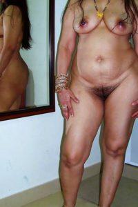 Aunty indian desi nude photo
