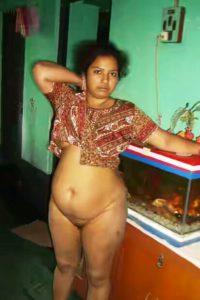Aunty naked indian desi photo
