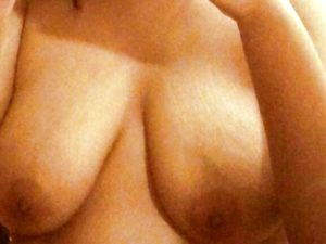 Big boobs desi nude pic