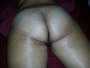 Big booty desi nude