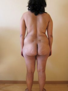 Big round desi nude pic