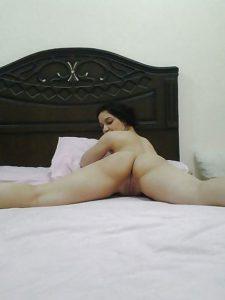 Desi babe ass show xxx