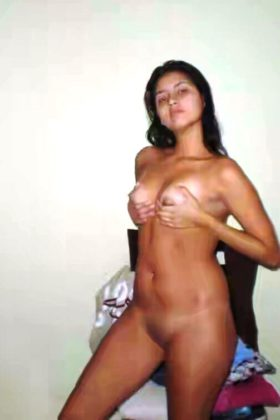 Desi naked xx hot photo