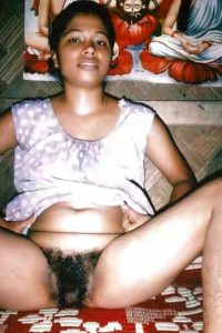 Indian aunty naked pussy