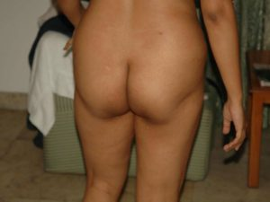 Nude aunty desi bum pic