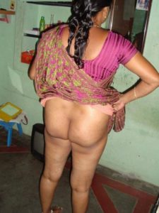 Nude aunty ass photo