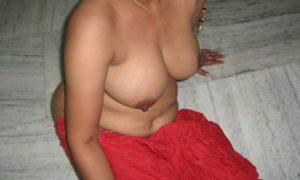 desi boobs naked pic