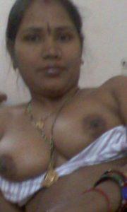 hottie xxx desi boobs pic