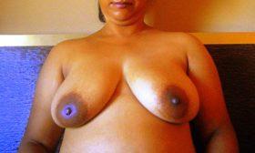 Aunty desi naked huge boobs