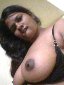 Desi aunty nude big boobs photo xx