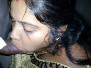 Desi hot sucking big cock