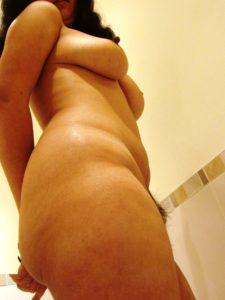 Desi indian nude tits