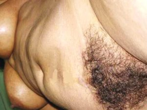 Desi naked hairy pussy pic
