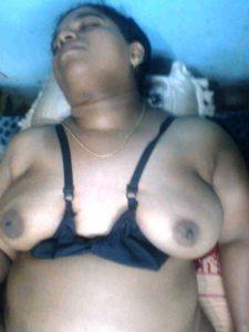 Fat naked autny boobs