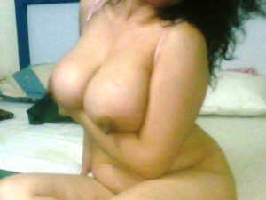 Hot big tits naked bhabhi