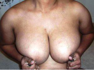 Hot desi photo boobs