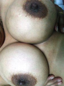 Naked boobs desi xx photo