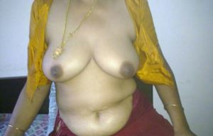 Horny Indian Aunties Boobs