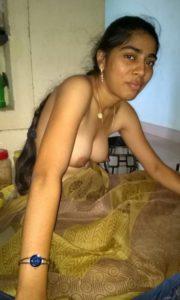 Desi nude indian babe