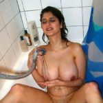 Attractive Big Bhabhi Boobs Porn Indian Pictures
