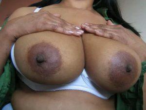 Nude boobs desi bhabhi