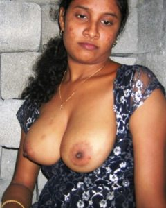 desi naked bhabhi hot nipple
