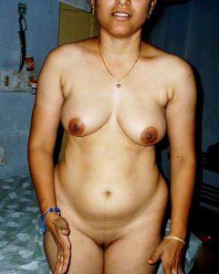 aunty desi tits nude