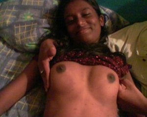 indian naked boobs