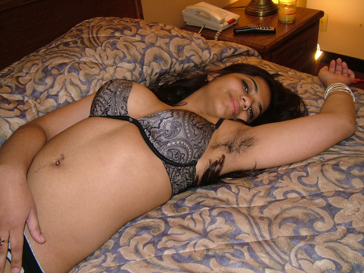 Sweet desi naked girls