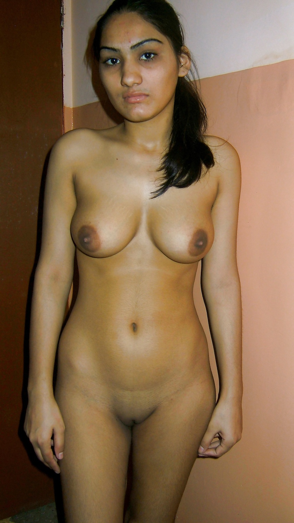 naked young indian ladies