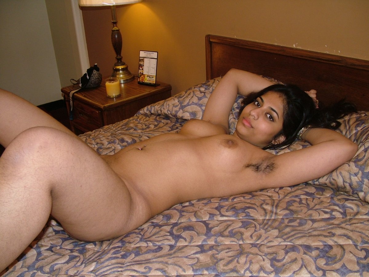 sex bed nude girl