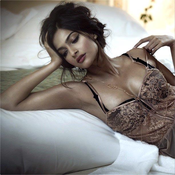 Naomi russell sex video