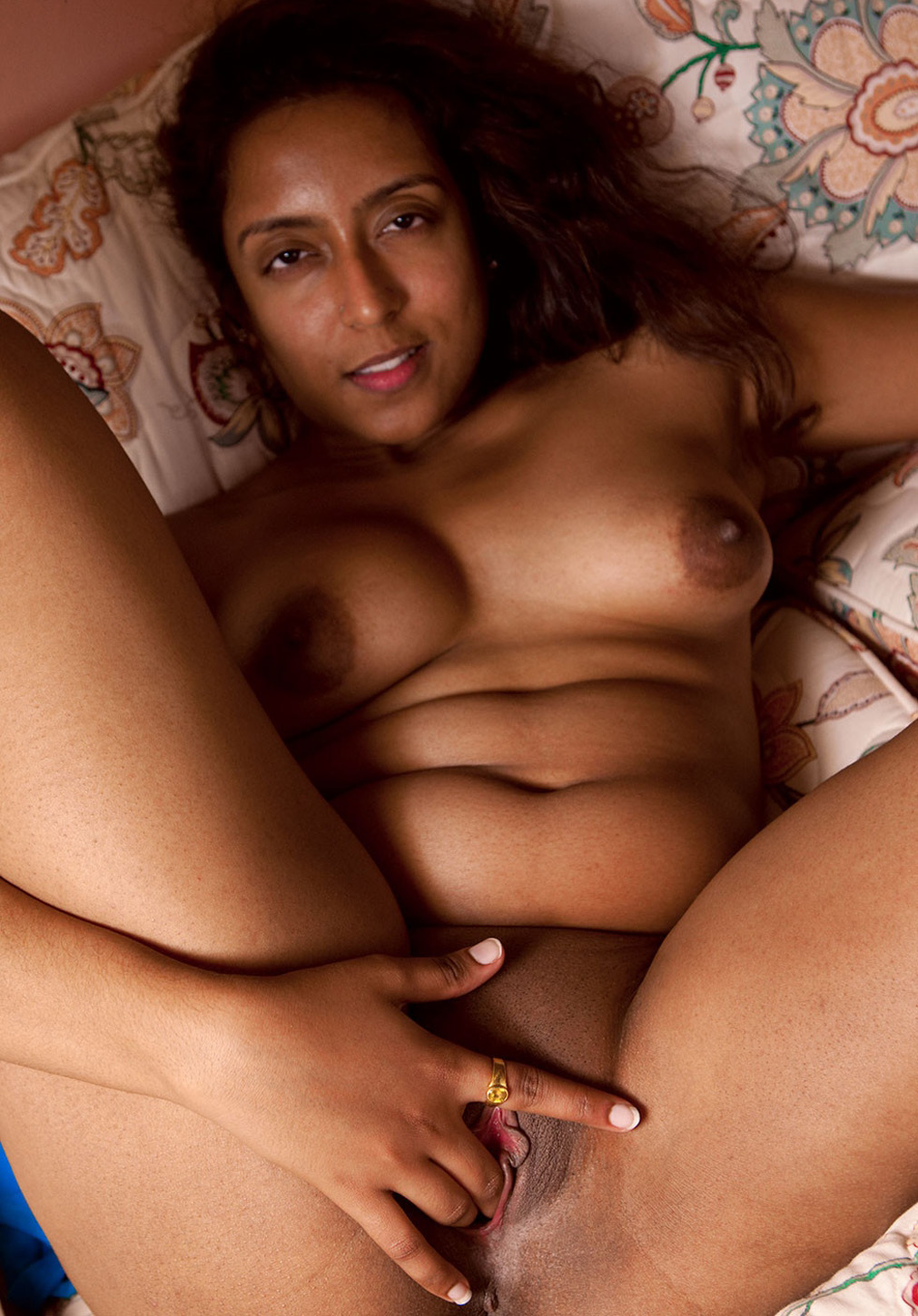 pak lady nude photo