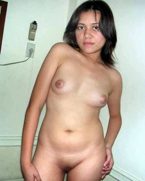 naked girl mobile phone