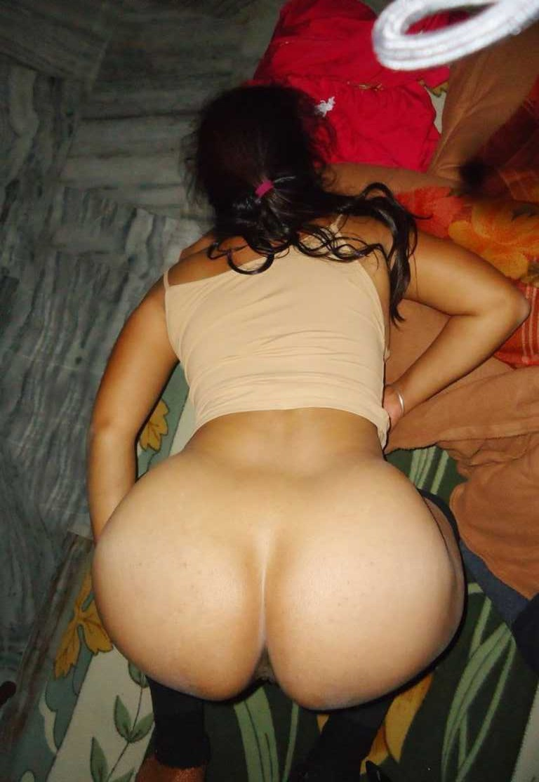 Nude indian girls licking her panties