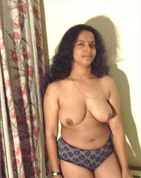 beautiful desi girls boobs