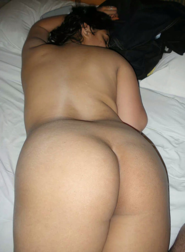 horny french maid nude