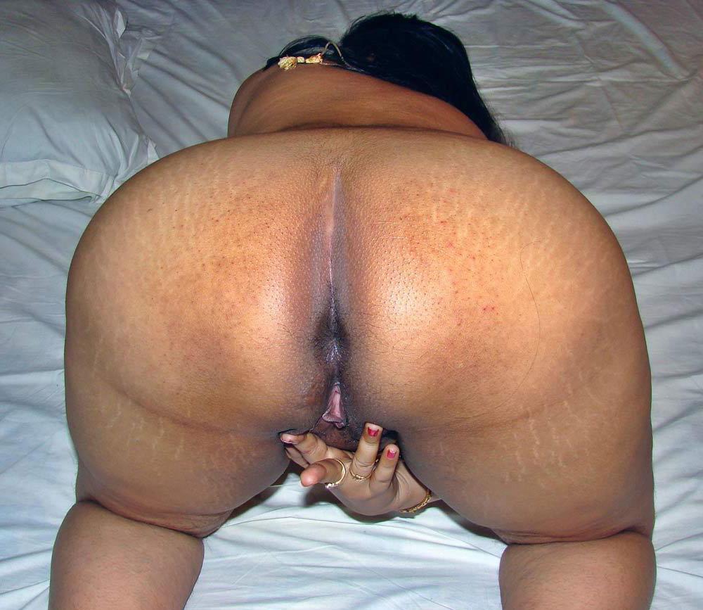 big booty desi women nude